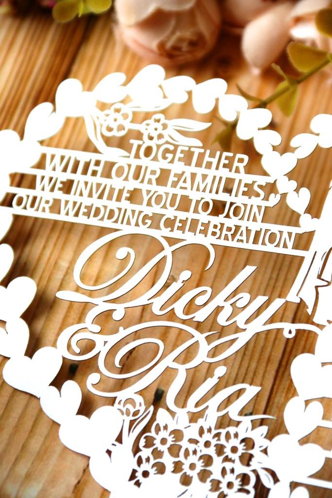 Undangan pernikahan unik eksklusif dari paper cutting, desain khusus dari seniman kertas Dewi Kocu